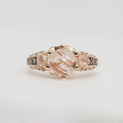 MANIAMANIA Ceremonial Engagement Ring