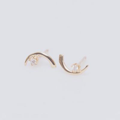 WWAKE 10K Arc Lineage Diamond Stud Earrings