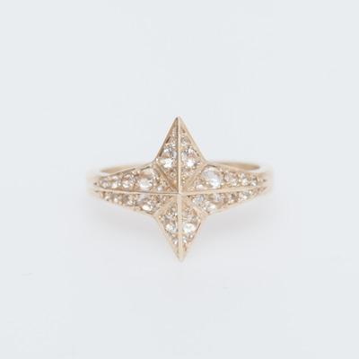 Meadowlark 9K Gold/White Topaz Pavé Star Ring