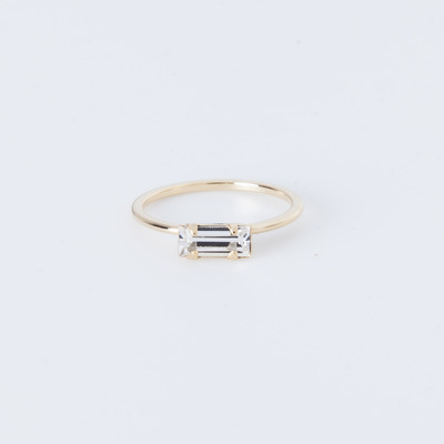 Bing Bang Tiny Baguette Ring Gold Plated