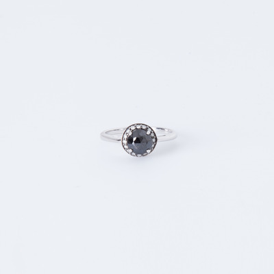 Anna Sheffield Round Rosette Ring
