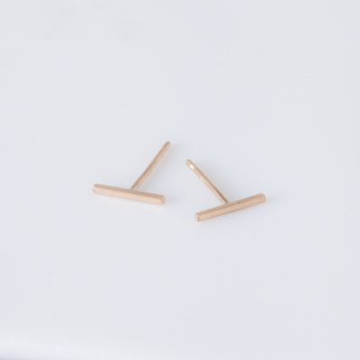 Vale 14K Yellow Gold Staple Stud Earrings