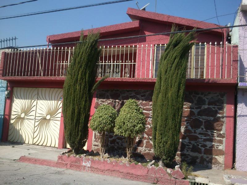Casa en venta jardines de morelos 5ta secc ecatepec de for Jardin 7 hermanos ecatepec