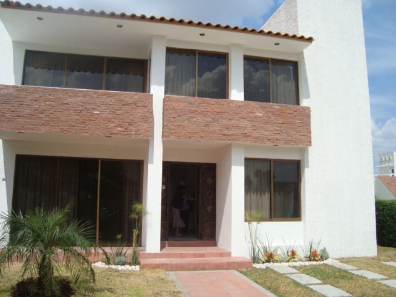 Mx13 ai2861 casa en renta irapuato guanajuato m xico for Casas en renta en irapuato