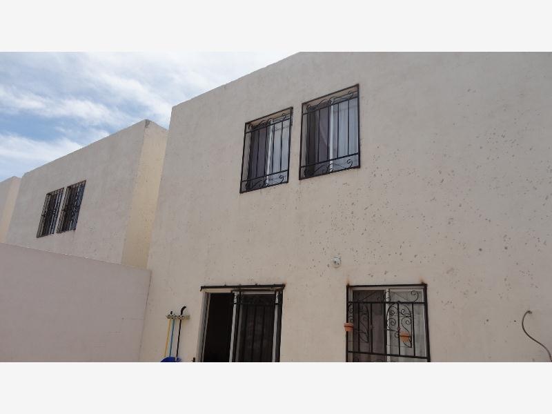 Casa en venta en oasis n 96 villas del valle goplaceit for Villas universidad torreon