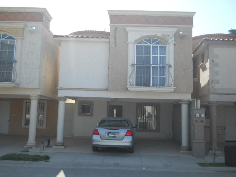 Casa en venta en villas del valle torreon goplaceit for Villas universidad torreon