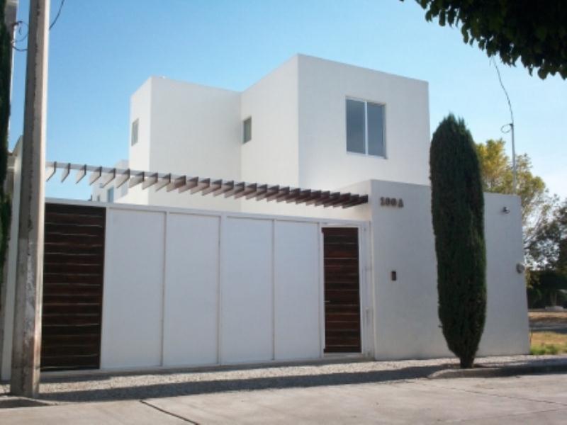 Casa en venta fracc villarreal salamanca guanajuato for Casas en leon gto