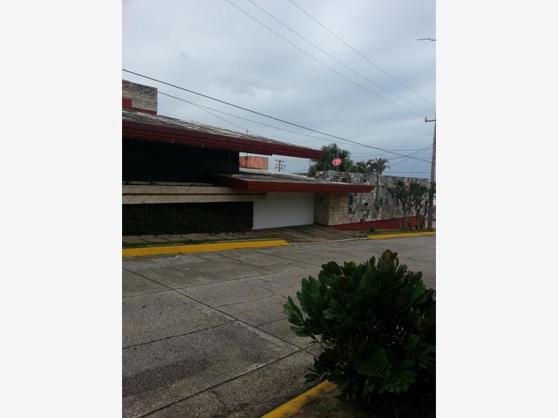 Mx14 an3014 casa en renta coatzacoalcos veracruz m xico for Casas en renta coatzacoalcos