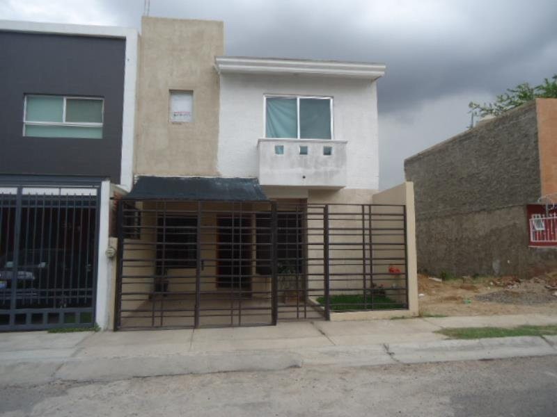 Venta de casa en residencial de la barranca guadalajara for Residencial casas jardin