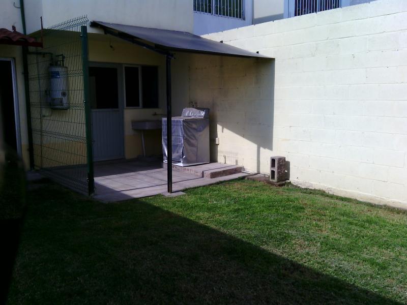 Renta de casa en villa la luz irapuato goplaceit for Casas en renta en irapuato