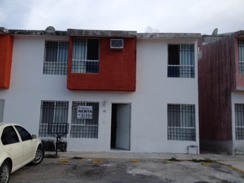 Renta de casa en villas otoch para so benito juarez for Villas otoch paraiso