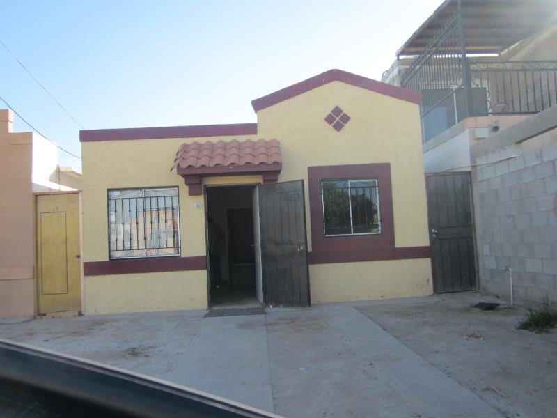 Renta de casa en villa del roble mexicali goplaceit for Renta de casas en mexicali