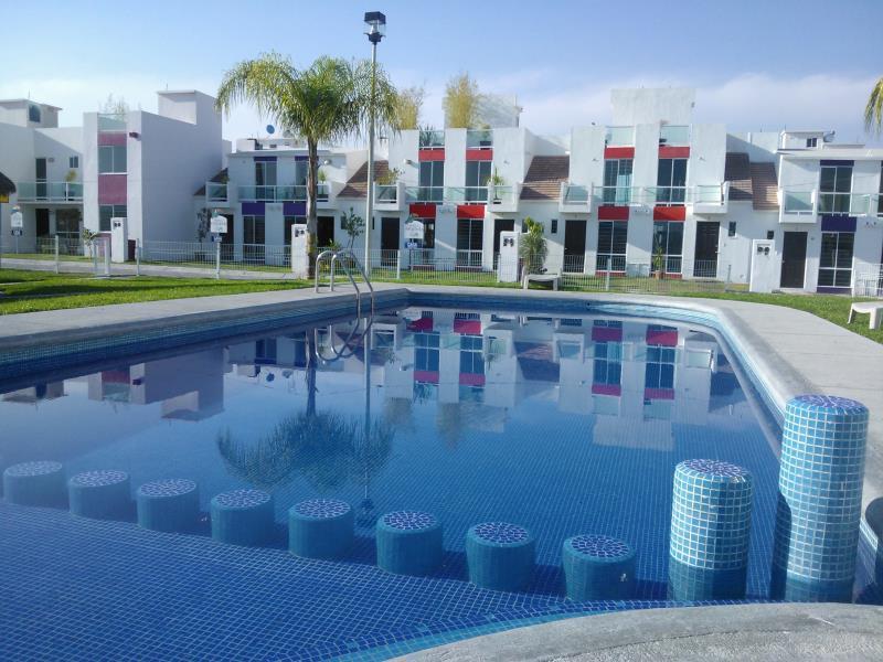 Casa en venta en morelos goplaceit for Villas imss tequesquitengo mor