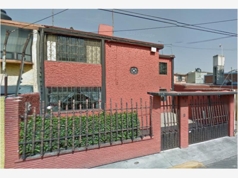 Casa en venta viveros del valle tlalnepantla de baz for Viveros del valle