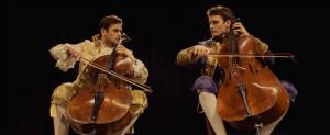[Vidéo] Thunderstruck aux violoncelles