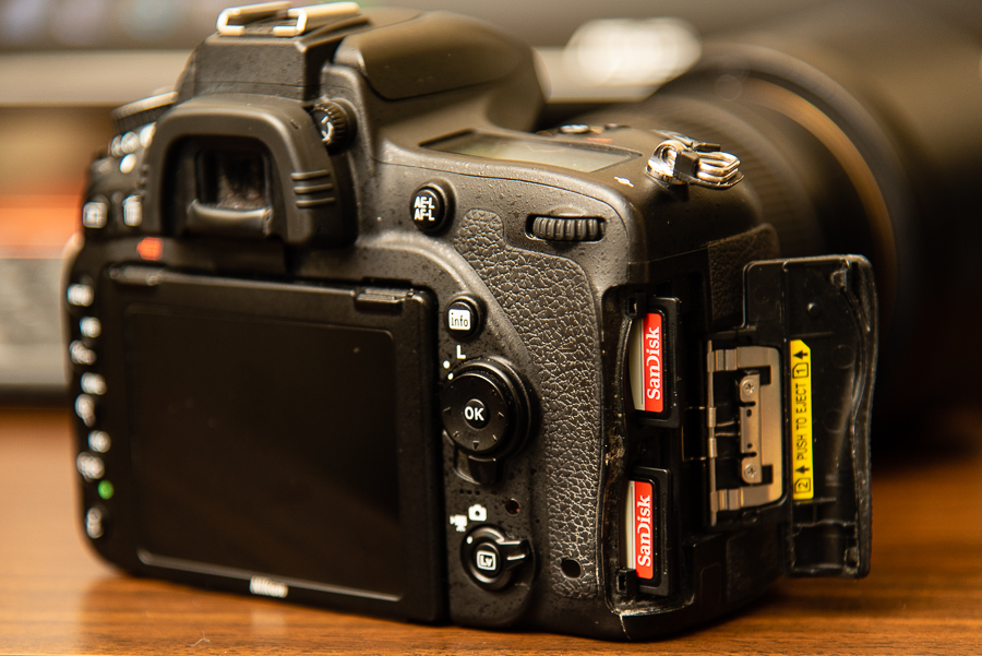 camera with two memory cards