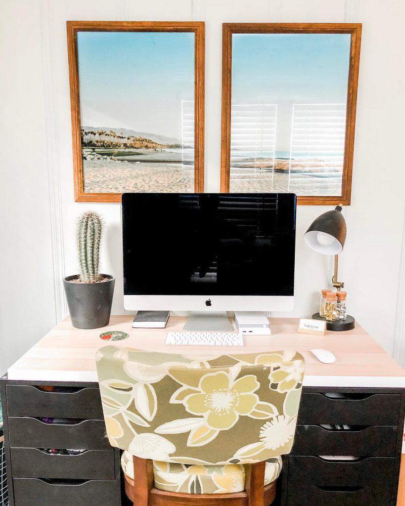 computer desk decor