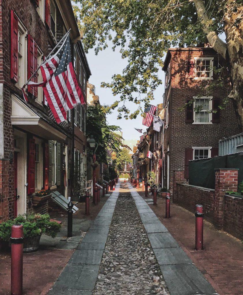 Historic Elfreth's Alley in Philadelphia, PA