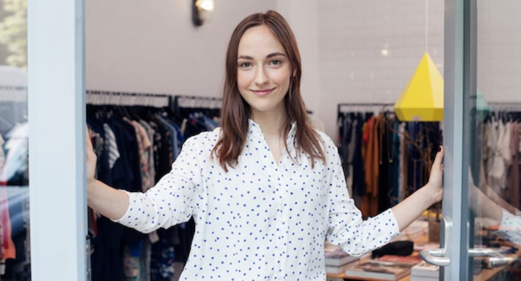 retail employee experience-1
