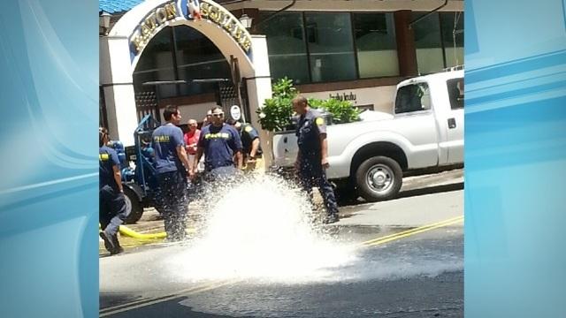 Hobron Lane reopened in Waikiki after water main break