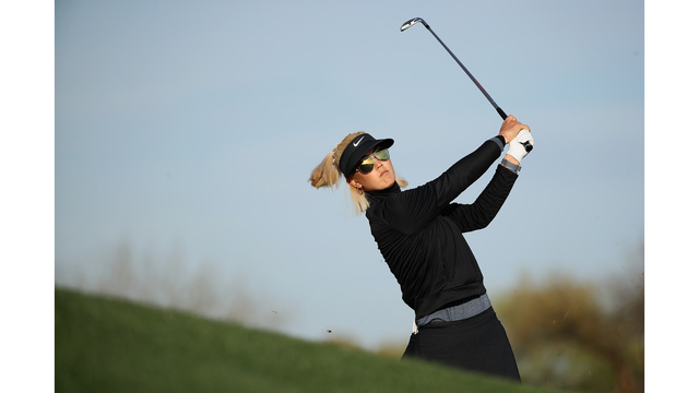 Wie within striking distance at Founders Cup