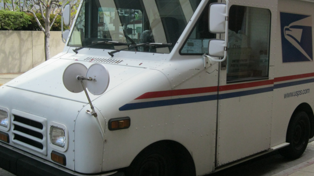 USA postal worker found fatally shot in mail truck