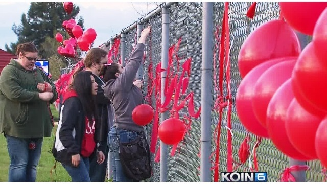 south albany hs balloons 04032015_141473
