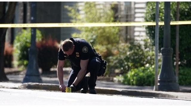 Gunfire, crash in NE Portland likely gang-related