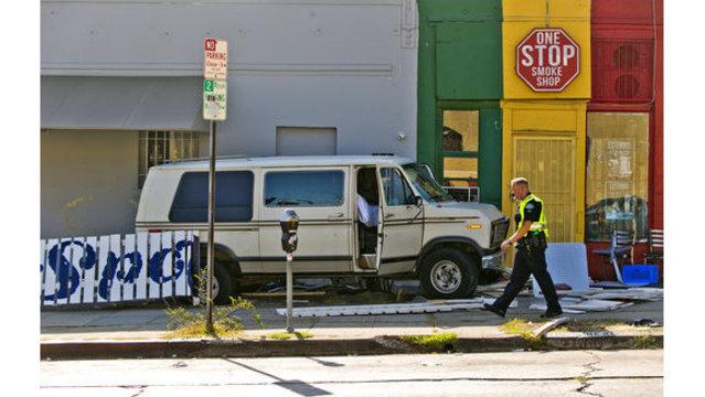Van strikes diners on LA sidewalk, 8 injured