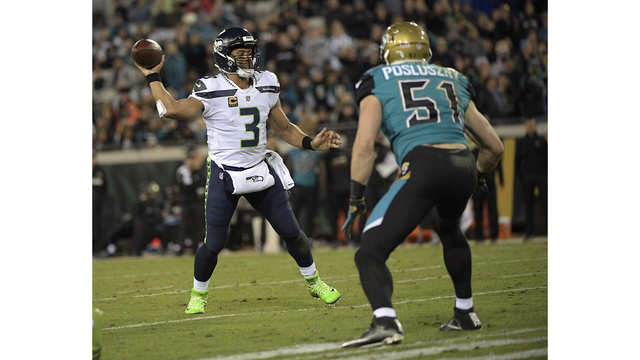 Russell Wilson throws 3 INTs in close loss to Jaguars