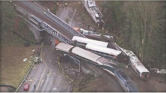 Engineer mistook signal prior to Amtrak crash in Washington