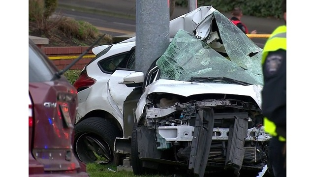 1 dead, several hurt in Hillsboro crash