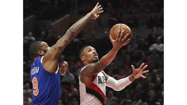 Lillard pours in 37 as Blazers rout Knicks