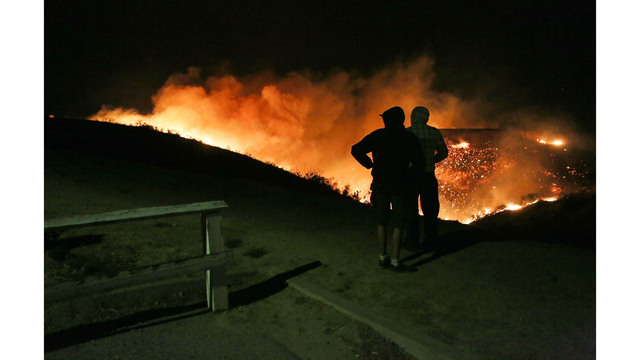 Southern California Wildfires Forces Thousands to Evacuate_682249