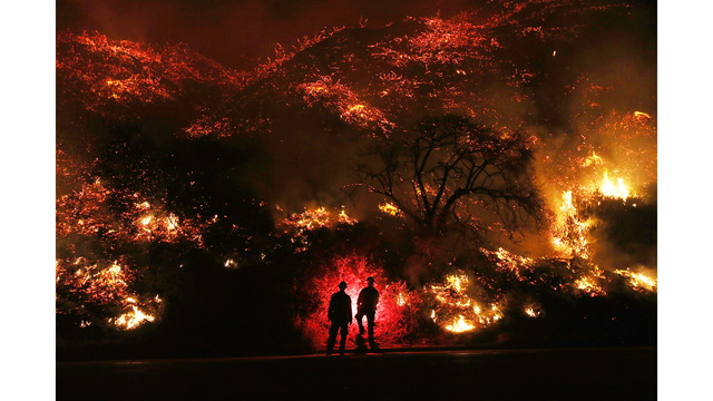 Southern California Wildfires Forces Thousands to Evacuate_683109