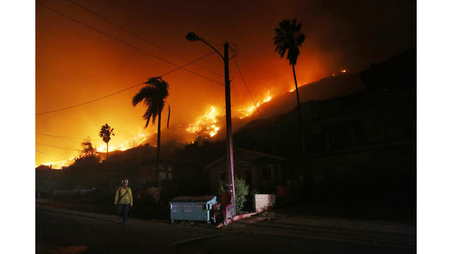 Southern California Wildfires Forces Thousands to Evacuate_683106