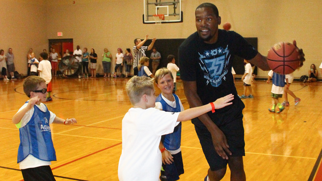 Tip-off and learn the game from Kevin Durant