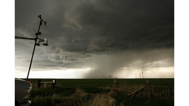 Center For Severe Weather Research Scientists Search For Tornadoes To Study_586049
