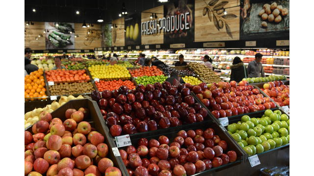 Produce and fruit at Hmart_638061