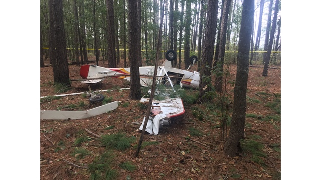 Plane crashes in Darlington County, one person receives minor injuries