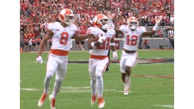 Clemson Holds Off N.C. State, 38-31