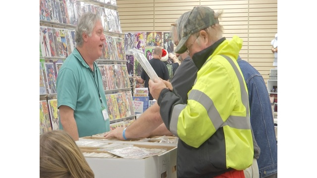 Holiday Comic Con draws hundreds to Myrtle Beach Mall