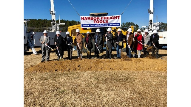 Governor visits Dillon Harbor Freight groundbreaking