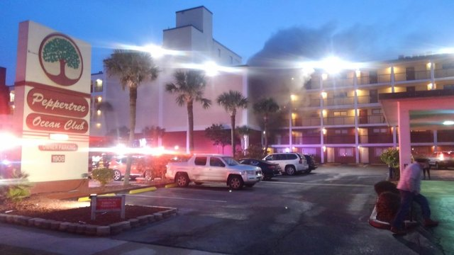 Fire Rescue crews quickly control hotel fire in North Myrtle Beach