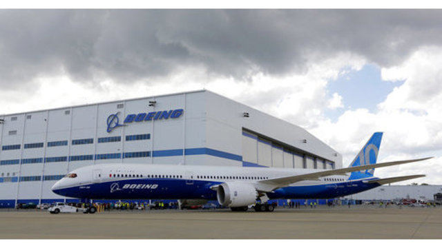 Boeing South Carolina Workers Seek Union Recognition