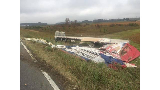 18-wheeler crash leads to road delays in Cherokee County