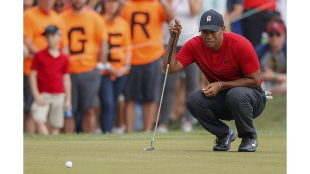 Tiger Woods one stroke off lead