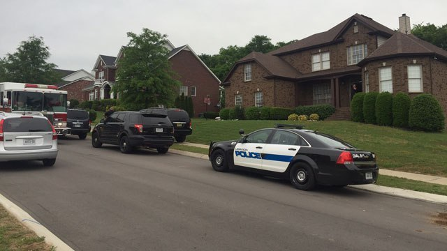 10-year-old Lebanon boy accidentally shoots self in stomach