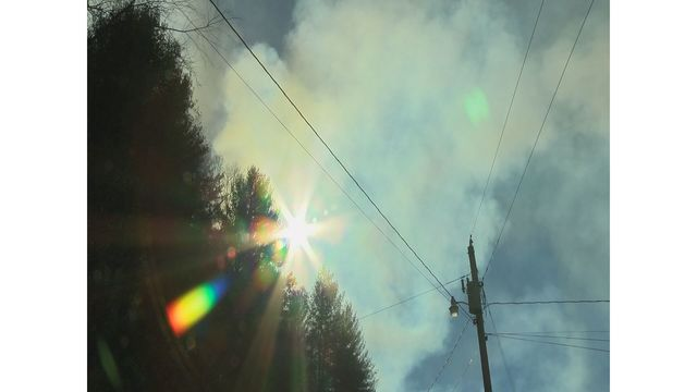 Forest fire in Carter County sparked by overnight house fire