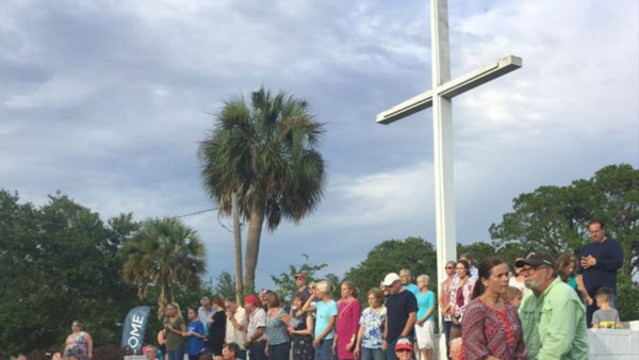 Alabama Attorney General Joins Fight to Keep Cross at Pensacola Park